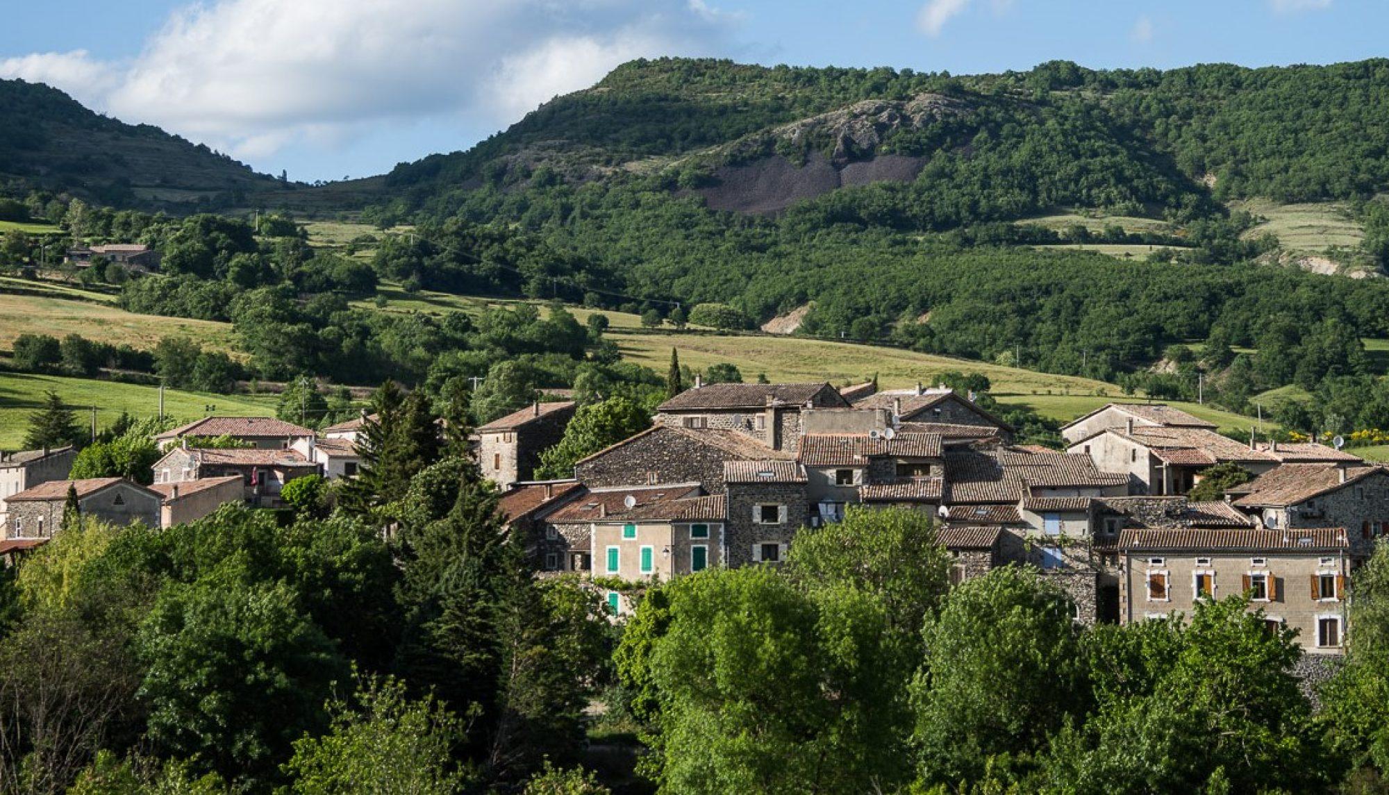 Saint Martin sur Lavezon